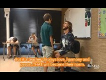 Florida Teacher Starts Each Day Complimenting Students One by One